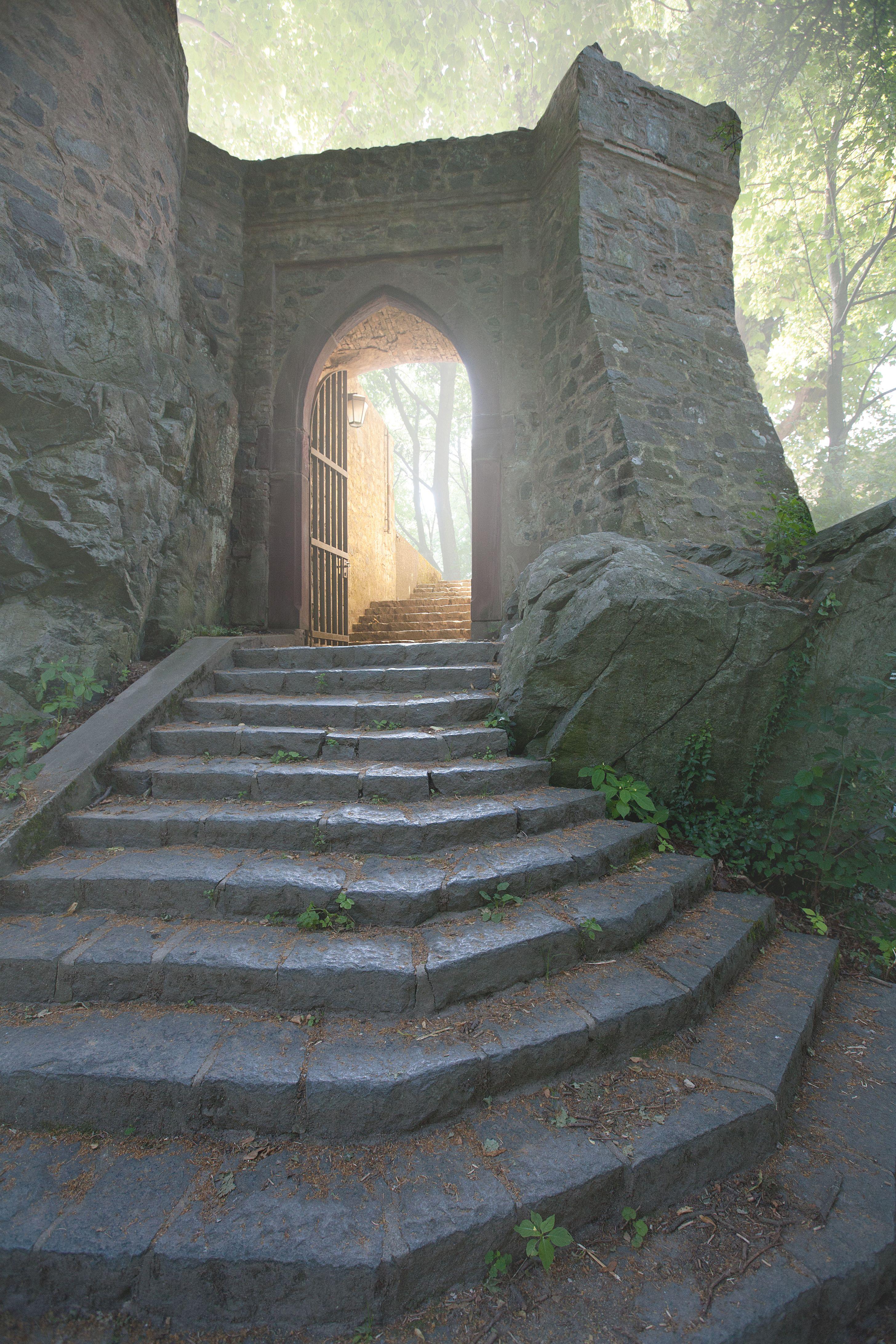 Osttor der Burg Frankenstein